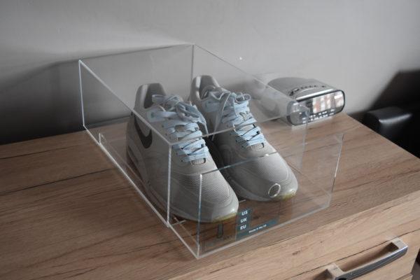 Sliding Acrylic Sneaker Display Box By Chromosole top
