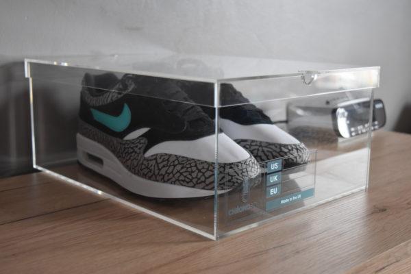 Original Acrylic Sneaker Display Box By Chromosole