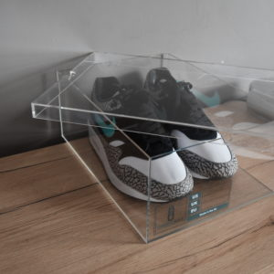 Original Acrylic Sneaker Display Box By Chromosole top