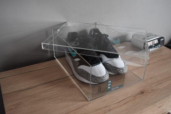 Original Acrylic Sneaker Display Box By Chromosole top