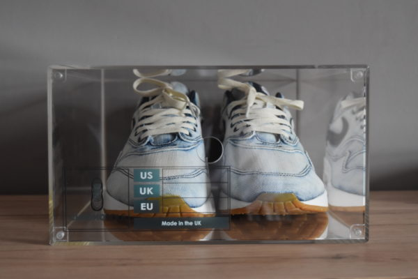 Magnetic Acrylic Sneaker Display Box By Chromosole Front
